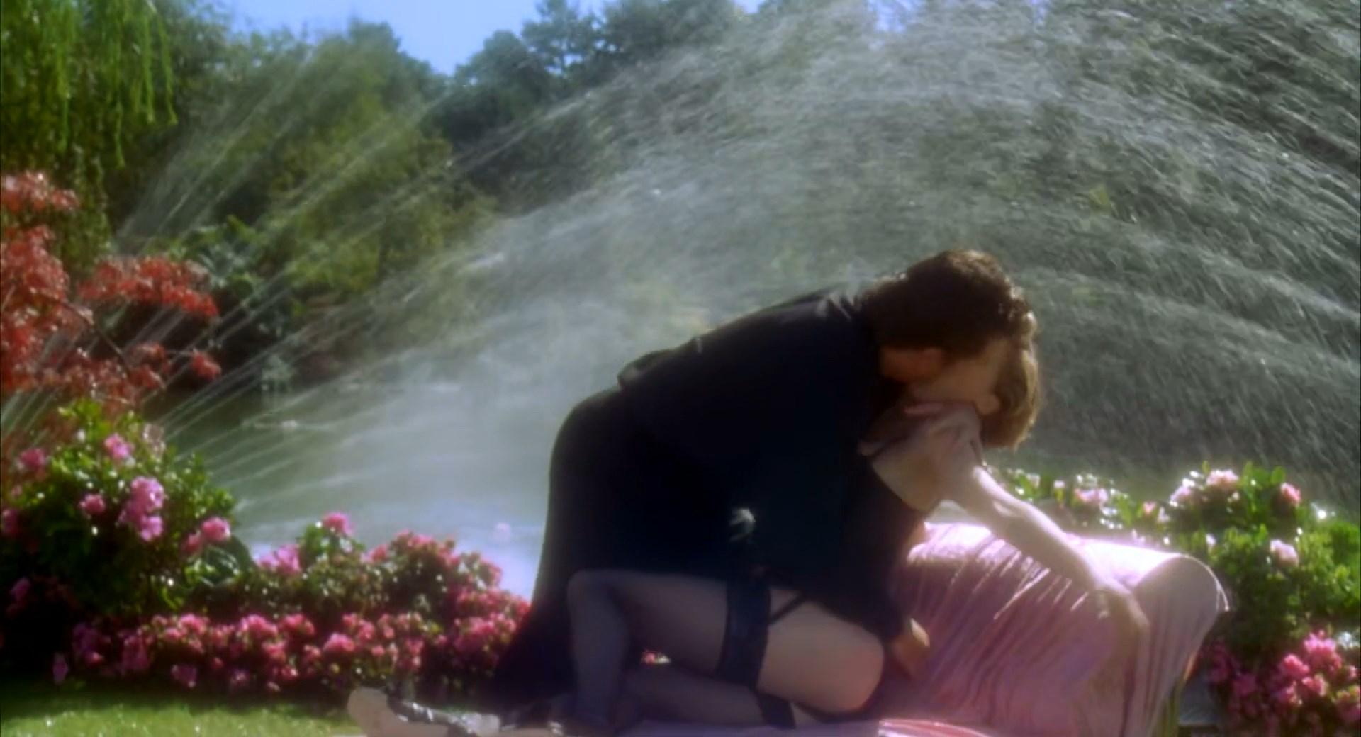 julie bowen jessica gunn happy gilmore 1080p nude