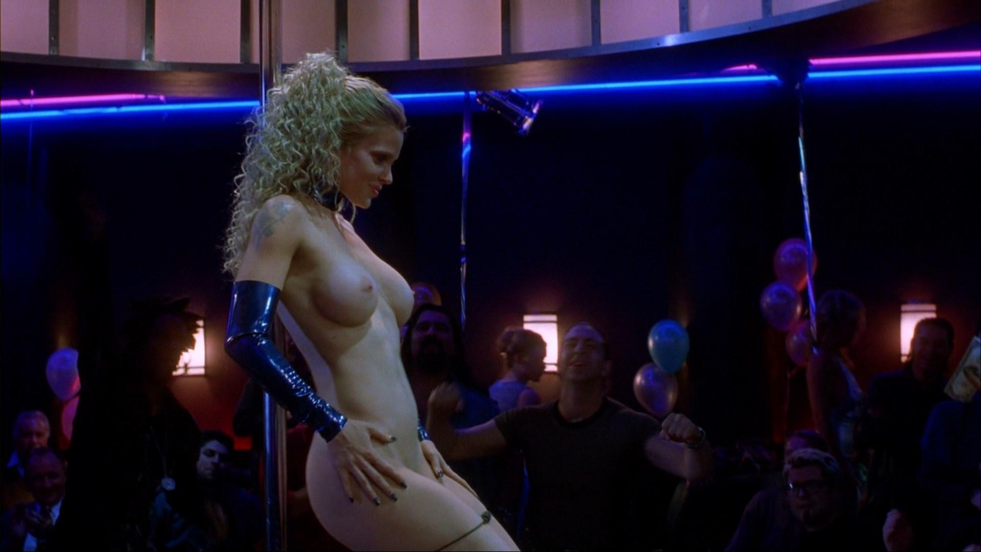 linda vojtova pussy naked
