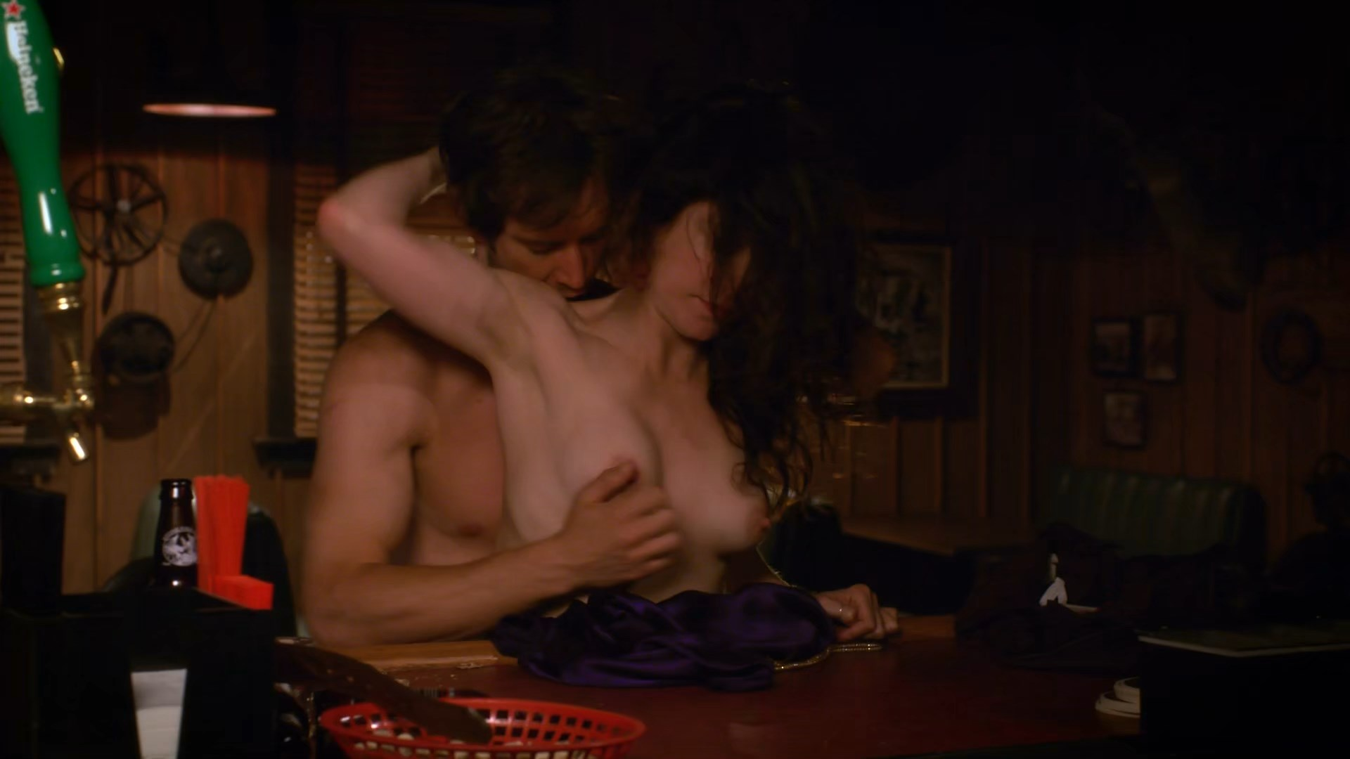 Nancy botwin nude pictures 3