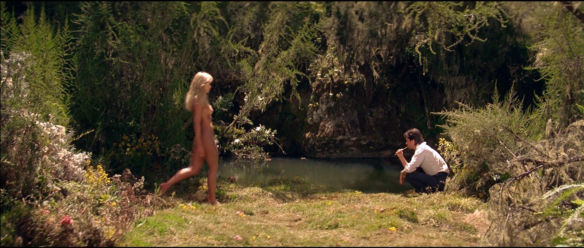 Tanya roberts sheena naked