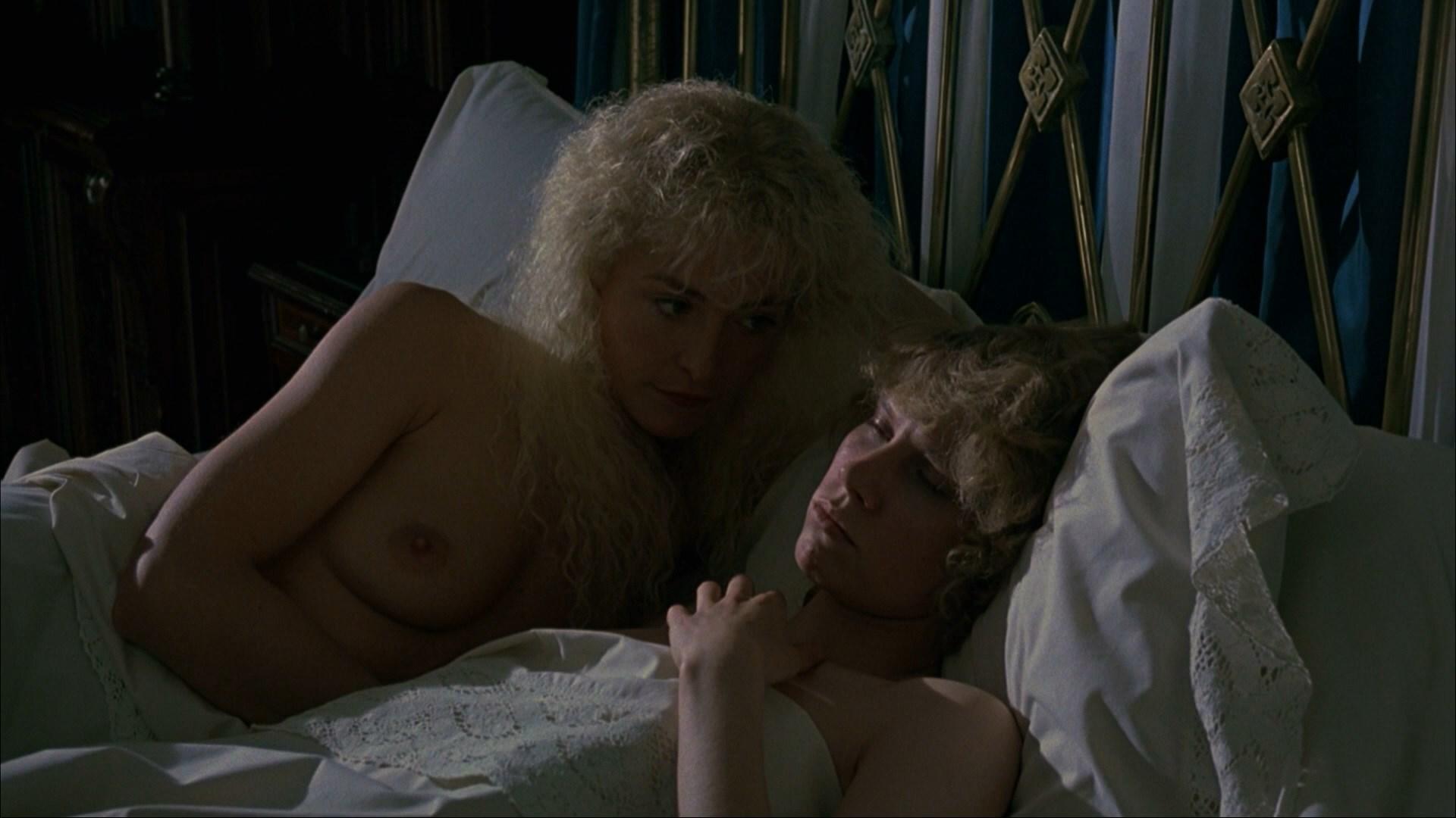 amanda-donohoe-lesbian-scene