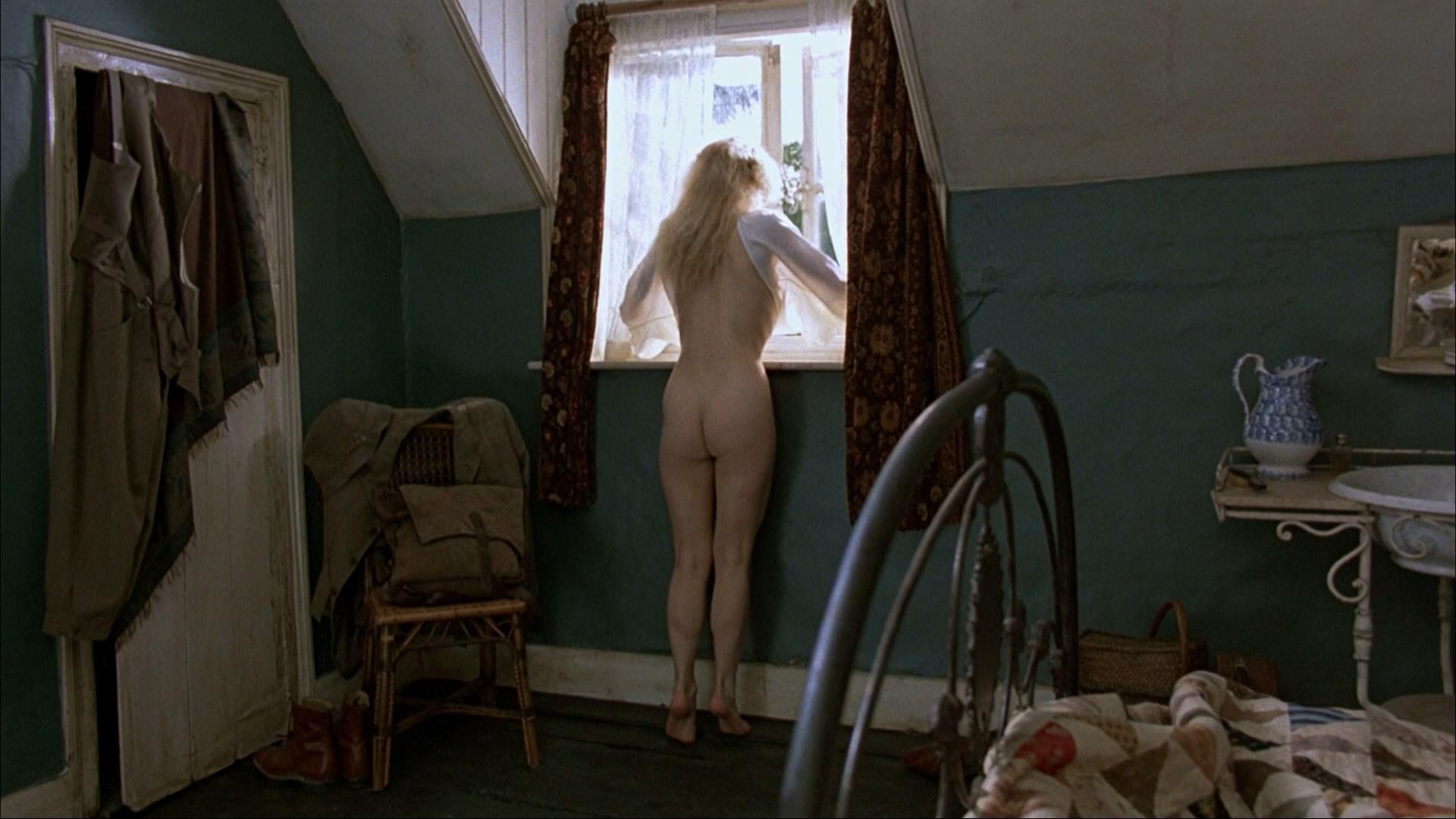 amanda-donohoe-lesbian-scene-guy-lois-nude