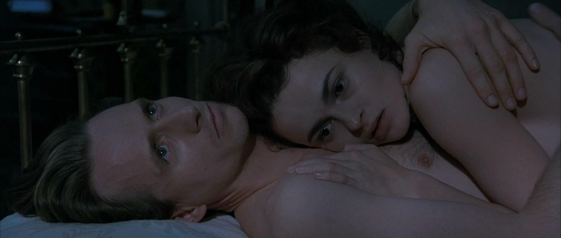 Sarah bonham carter naked, ex girlfriend sucks dick