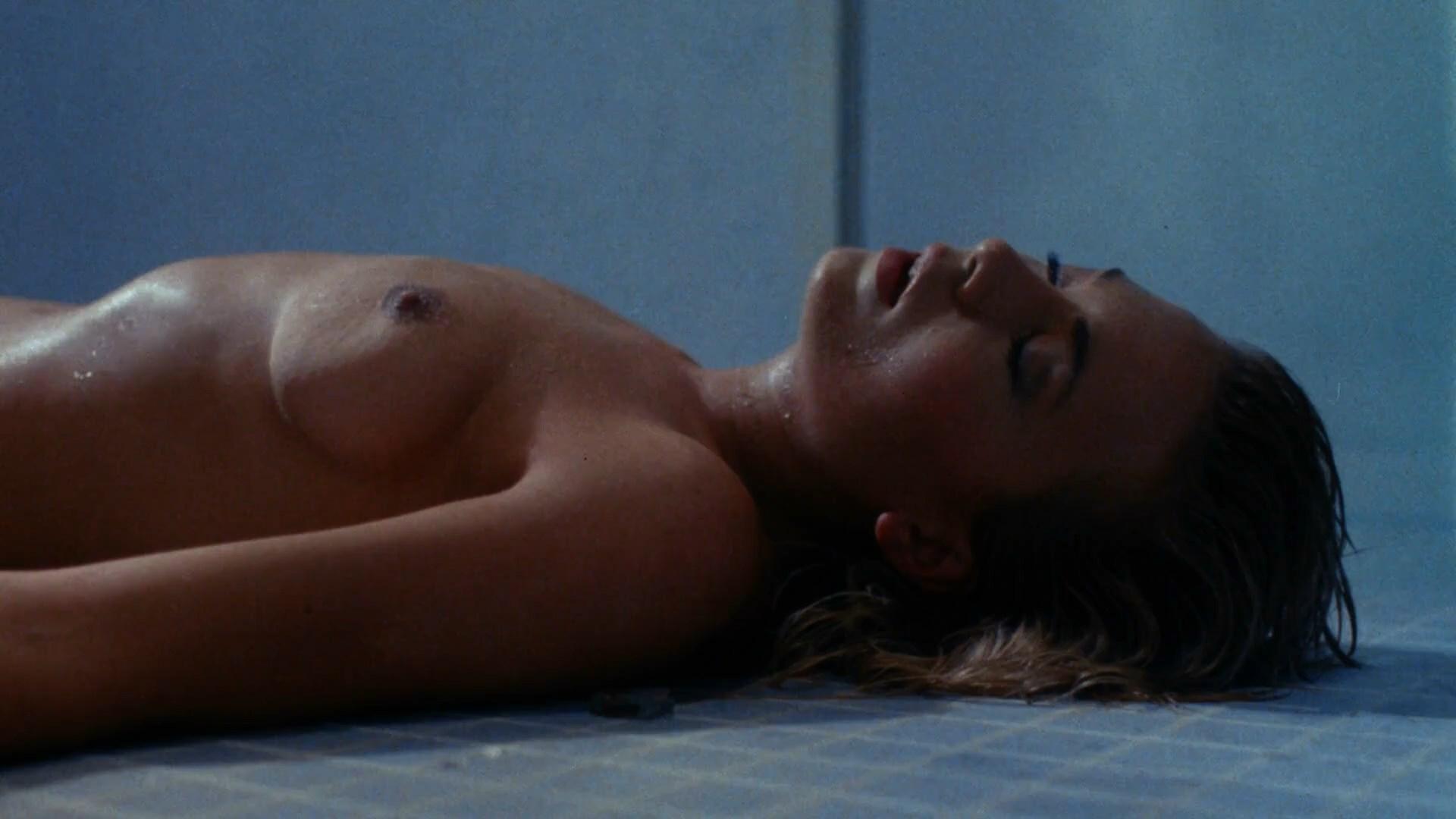 ноги эротика кино я не твоя жена всегда очень боялась