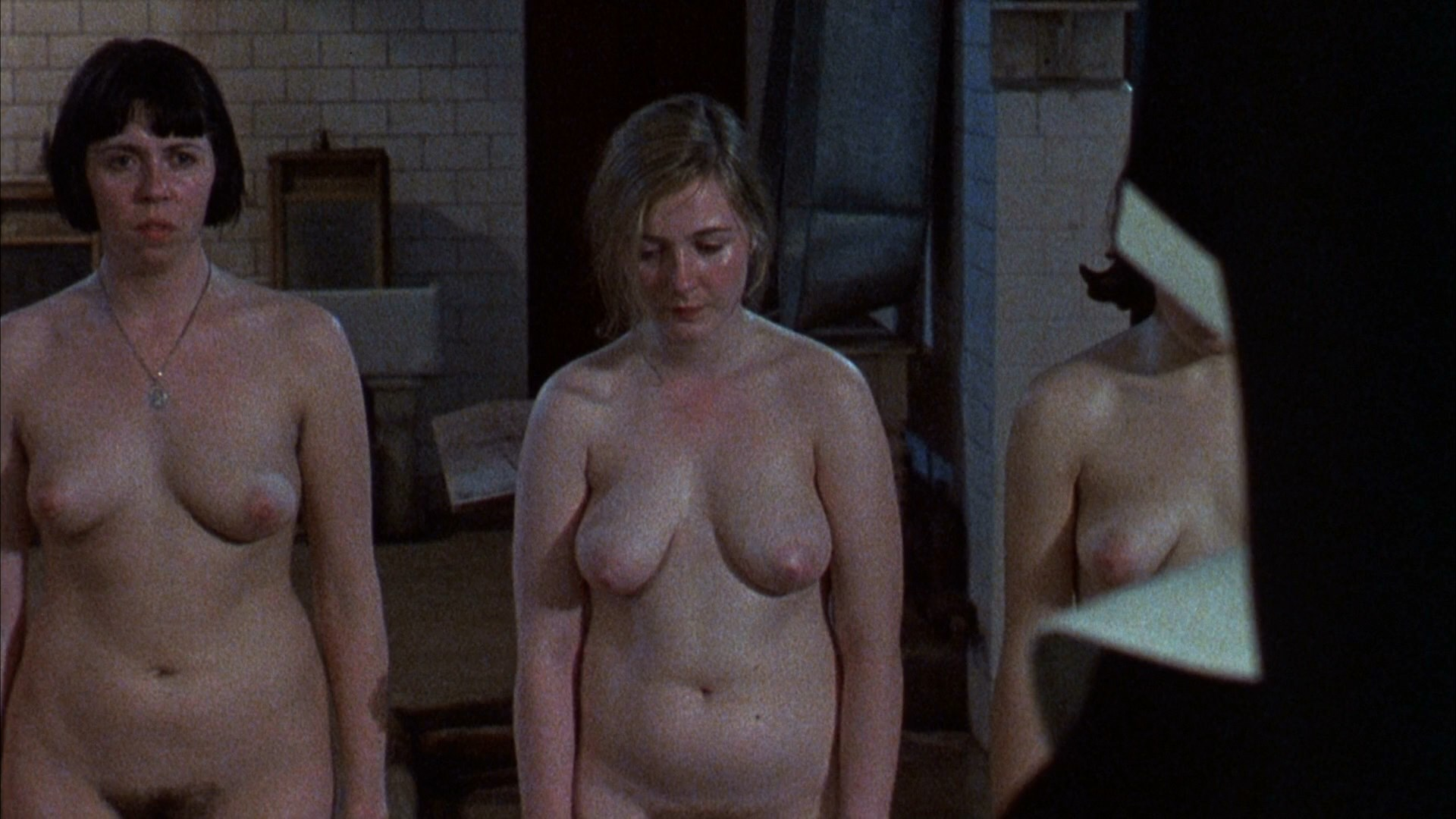 Search results for julie walters nude scene
