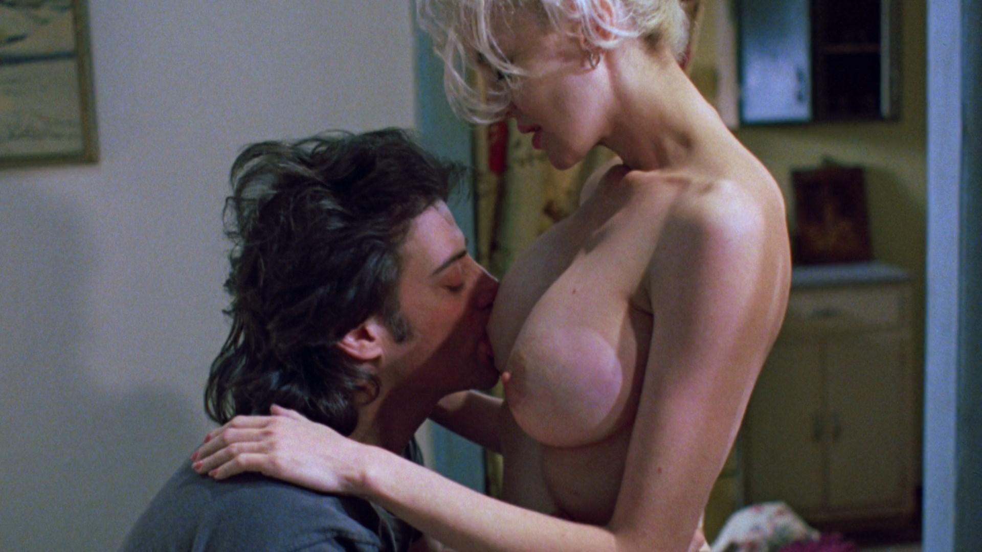 Nude Hot Lesbian Metacafe Sex Scene