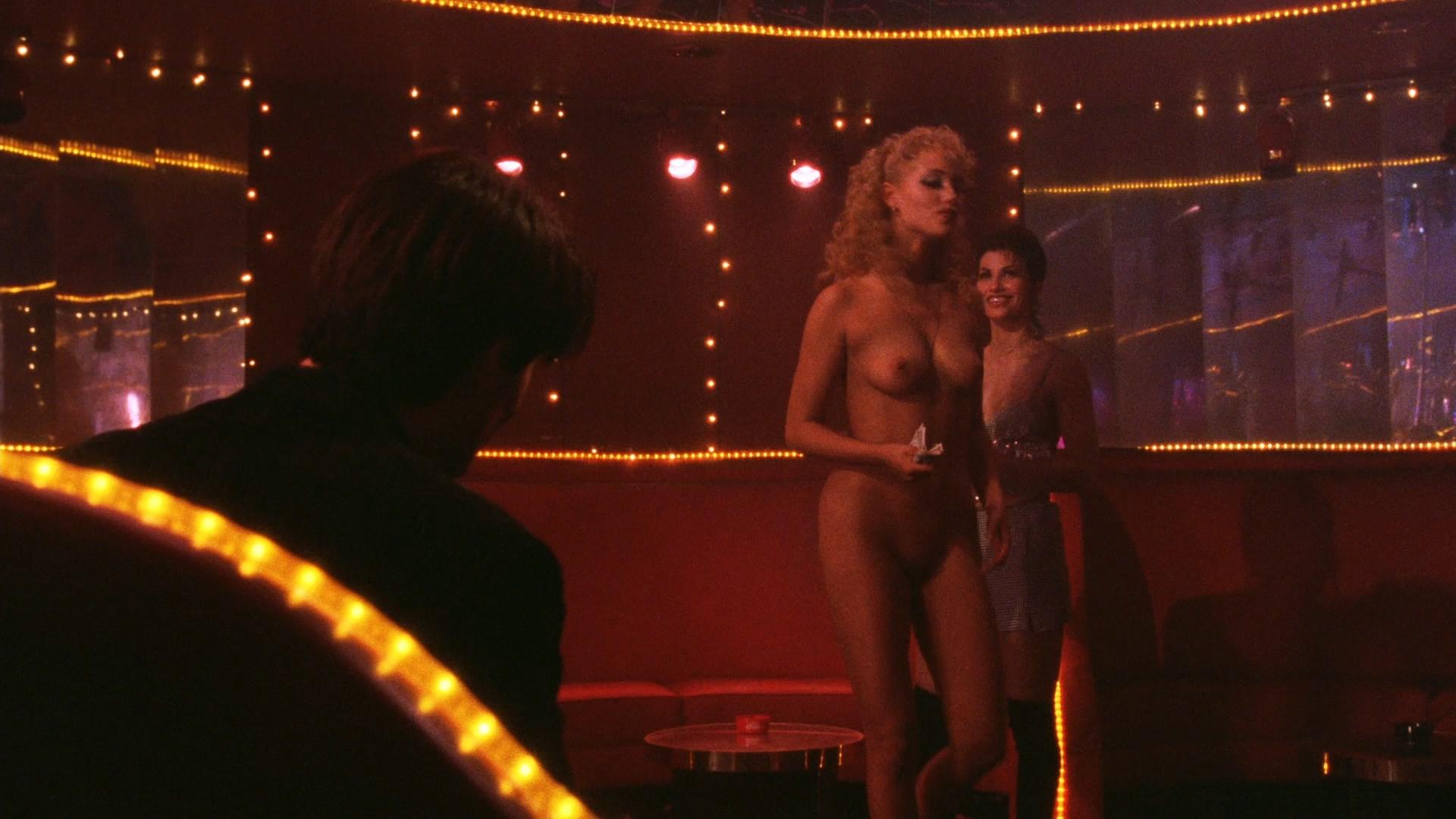 Gina Gershon Nude Scenes Erotic Galery